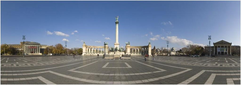 Place des Héros - Budapest