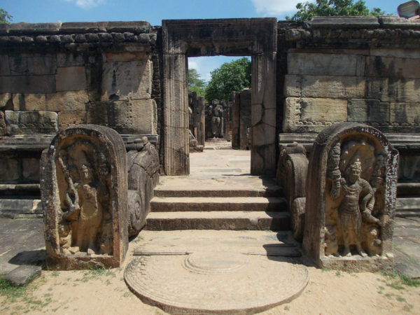 polonnaruwa - sri lanka - circuit