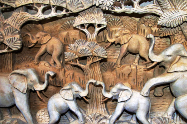 sculpture bois - sri lanka