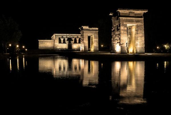 temple de nuit - egypte