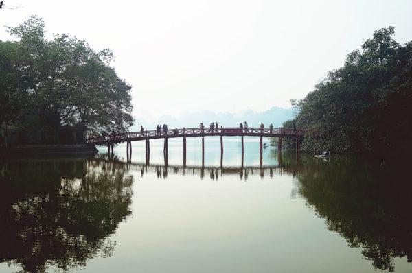 vietnam - hanoi - pont